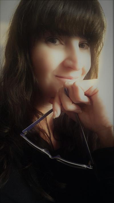 Sarah Author image